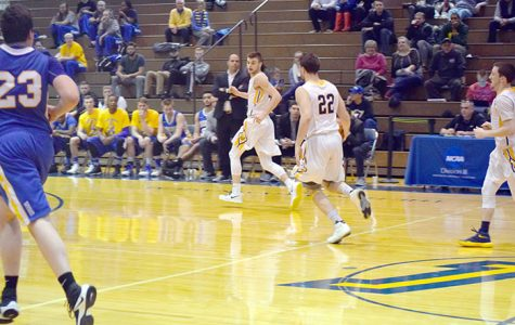 DeSales breaks hearts in the Marts with a late three-pointer