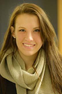 Lyndsie Yamrus, senior editor