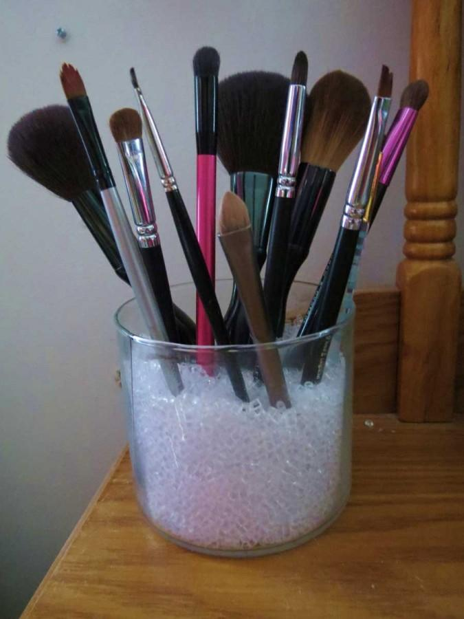 Beauty+Basic%3A+How+to+care+for+makeup+brushes
