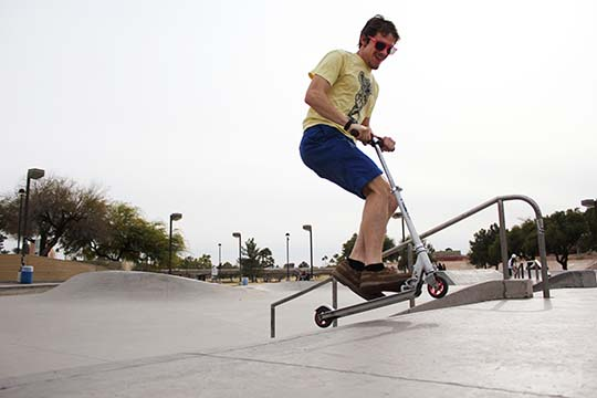 Dan Lykens scooting thorugh Mesa, Ariz.