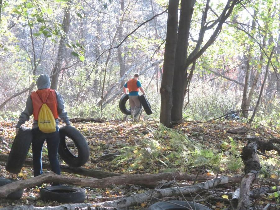 Wilkes+students+cleanup+Centralia%2C+restore+history