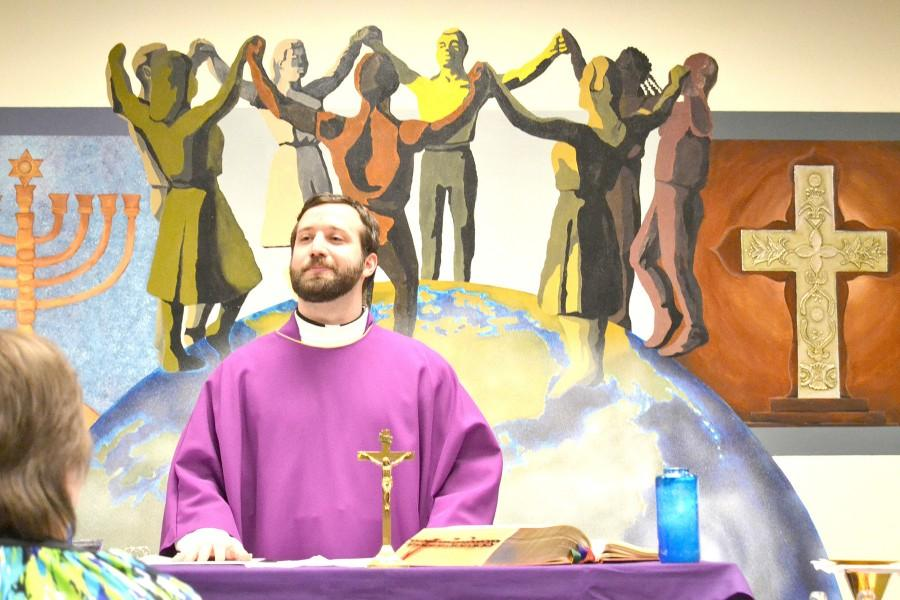 Wilkes Students Participate in Ash Wednesday, Lent Season