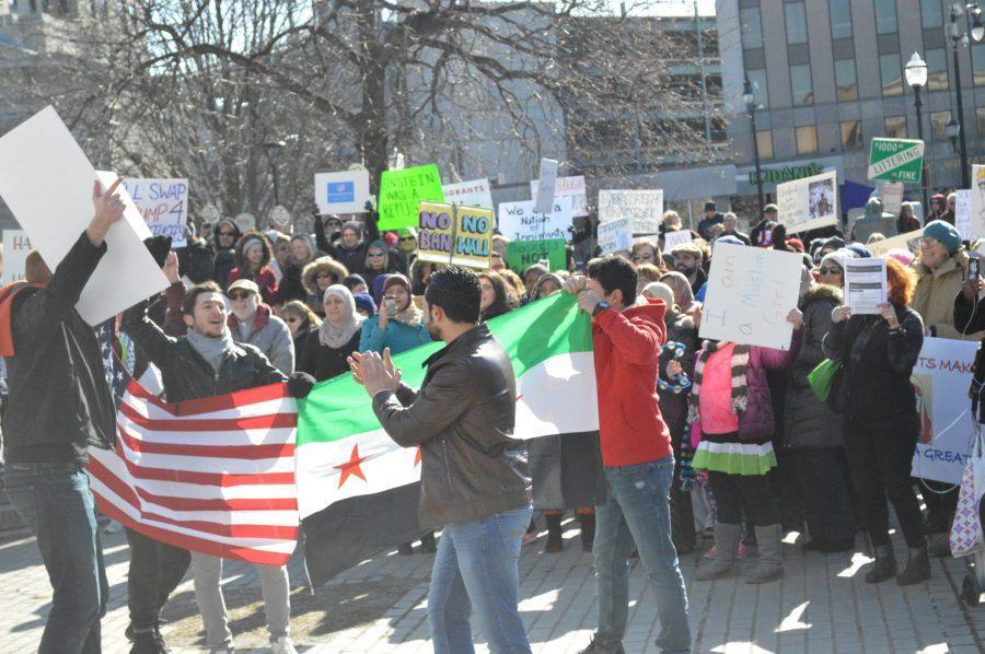 Travel+Ban+Protest+in+Public+Square
