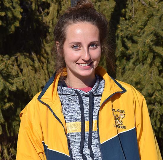 Freshman Women's Lacrosse player, Reilley Meanor