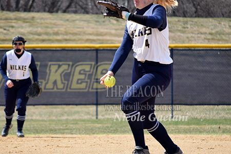 SB: Lady Colonels split doubleheader with King's