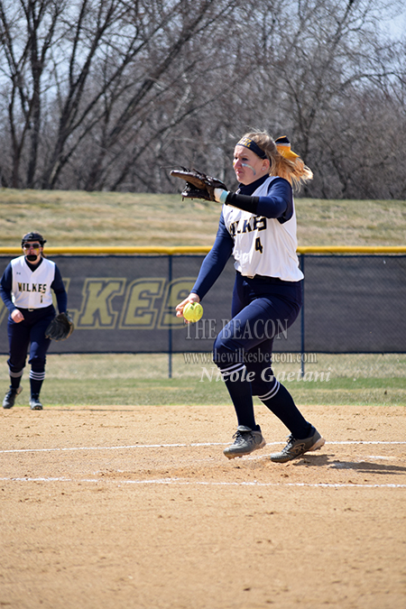 Sophomore Gracen Staunton delivers a pitch
