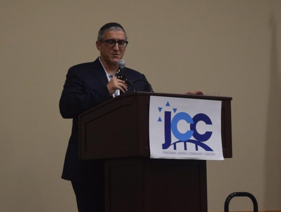 Rabbi Pesach Wolicki spoke to the Friedman JCC on Wednesday.