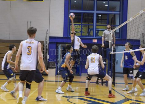 MVB: Exciting third set leads Colonels to extra-point victory